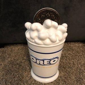Ceramic Oreo cookie jar